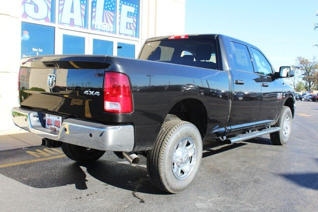 2018 Ram 2500 Crew Cab 4x4 Pickup #R182002 - photo 2