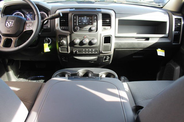 2018 Ram 2500 Crew Cab 4x4 Pickup #R182006 - photo 5