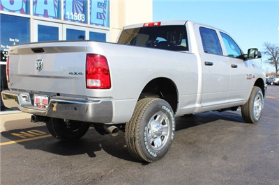 2018 Ram 2500 Crew Cab 4x4 Pickup #R182006 - photo 2