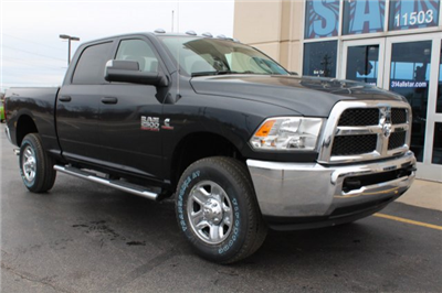 2018 Ram 2500 Crew Cab 4x4, Pickup #R182022 - photo 3