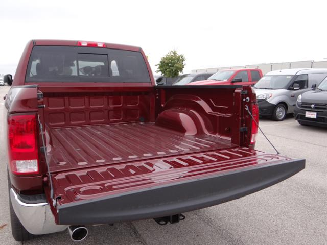 2018 Ram 1500 Crew Cab 4x4, Pickup #D6533 - photo 6