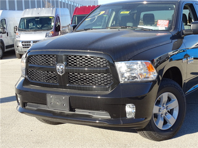 2017 Ram 1500 Crew Cab 4x4 Pickup #D6622 - photo 3