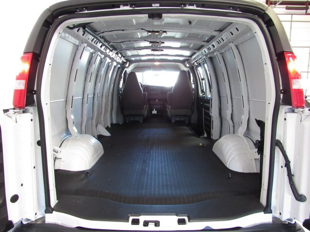 2017 Savana 2500,  Empty Cargo Van #G03095 - photo 2