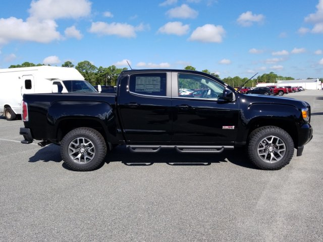 2019 Canyon Crew Cab 4x4,  Pickup #G03424 - photo 4