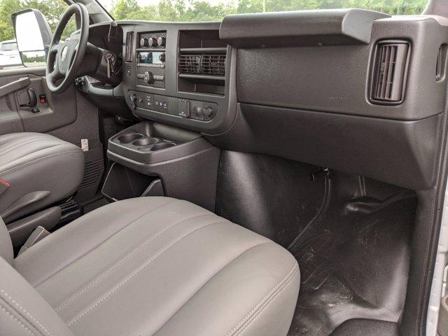 2020 GMC Savana 3500 RWD, J&B Truck Body Cutaway Van #G10070 - photo 14