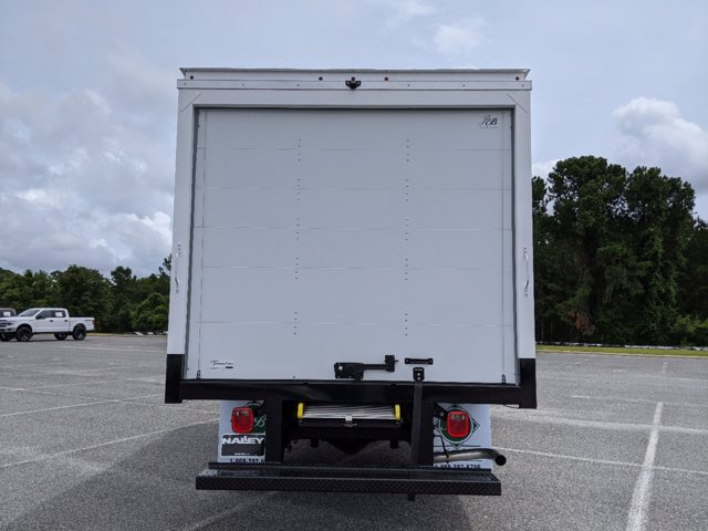 2020 GMC Savana 3500 RWD, J&B Truck Body Cutaway Van #G10070 - photo 5