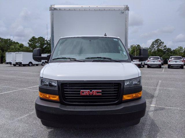 2020 GMC Savana 3500 RWD, J&B Truck Body Cutaway Van #G10070 - photo 9