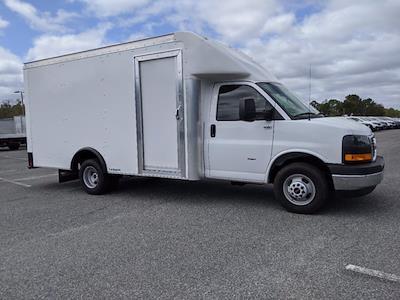 2021 GMC Savana 3500 4x2, Rockport Cargoport Cutaway Van #G10429 - photo 3