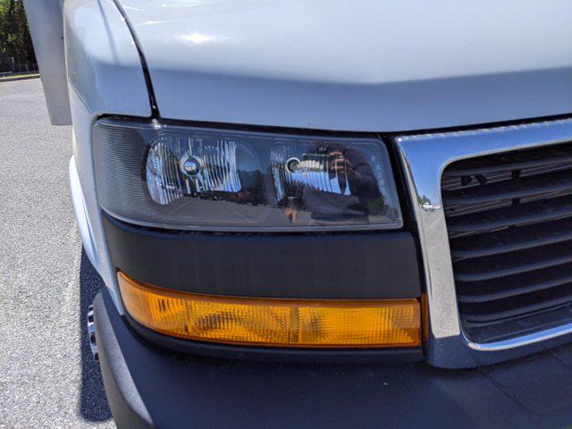 2021 GMC Savana 3500 DRW 4x2, Rockport Cutaway Van #G10447 - photo 10
