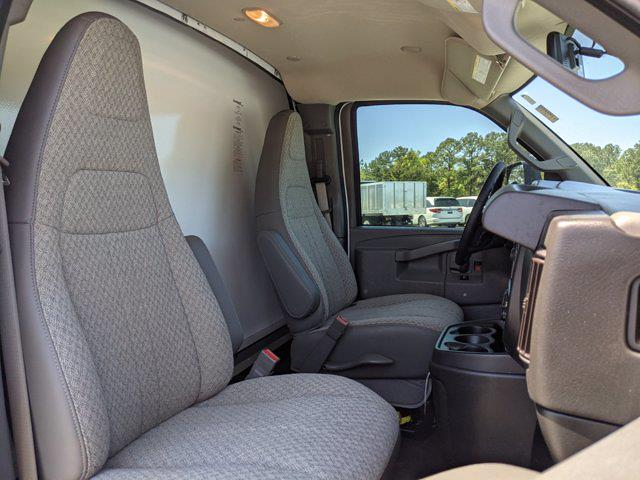 2021 GMC Savana 3500 DRW 4x2, Rockport Cutaway Van #G10447 - photo 14