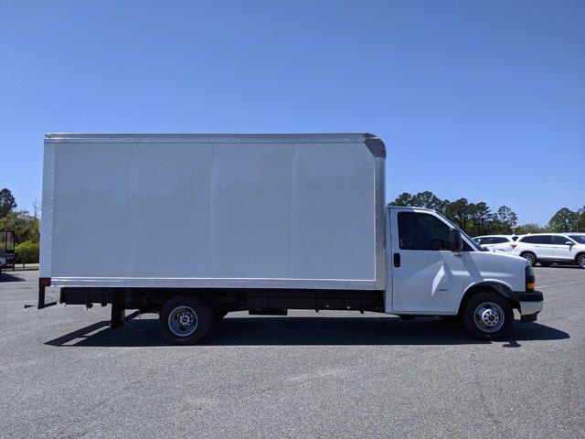 2021 GMC Savana 3500 DRW 4x2, Rockport Cutaway Van #G10447 - photo 4
