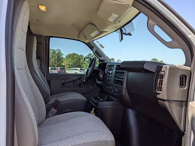 2021 GMC Savana 3500 DRW 4x2, Rockport Cutaway Van #G10447 - photo 13
