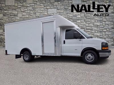 2021 GMC Savana 3500 4x2, Rockport Cargoport Cutaway Van #G10449 - photo 1