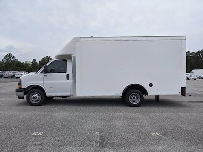 2021 GMC Savana 3500 4x2, Rockport Cargoport Cutaway Van #G10449 - photo 7