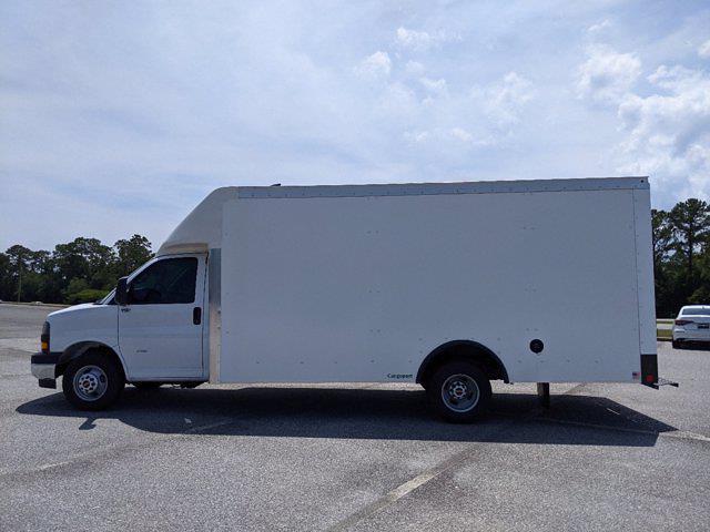 2021 GMC Savana 3500 4x2, Rockport Cargoport Cutaway Van #G10451 - photo 7