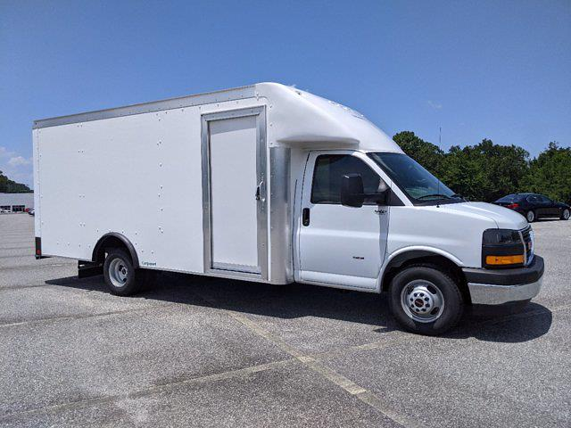 2021 GMC Savana 3500 DRW 4x2, Rockport Cargoport Cutaway Van #G10527 - photo 3