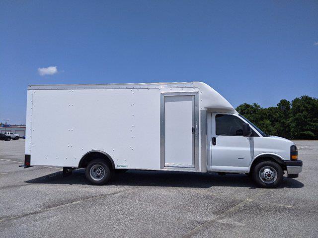 2021 GMC Savana 3500 DRW 4x2, Rockport Cargoport Cutaway Van #G10527 - photo 4