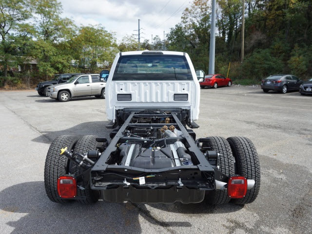 2017 F-350 Regular Cab DRW 4x4 Cab Chassis #SF28593 - photo 13