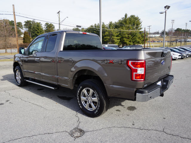 2018 F-150 Super Cab 4x4,  Pickup #SF28829 - photo 5