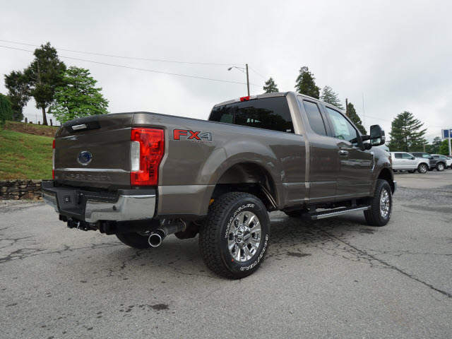 2018 F-250 Super Cab 4x4,  Pickup #SF29078 - photo 2