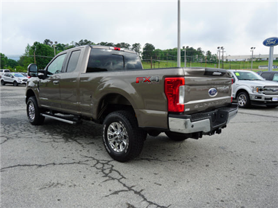 2018 F-250 Super Cab 4x4,  Pickup #SF29078 - photo 4