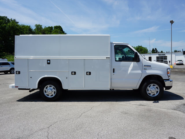2018 E-350,  Service Utility Van #SF29123 - photo 3