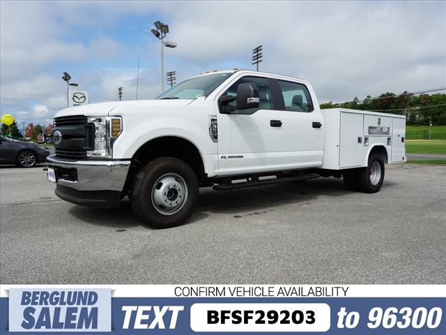 2018 F-350 Crew Cab DRW 4x4,  Reading Service Body #SF29203 - photo 7