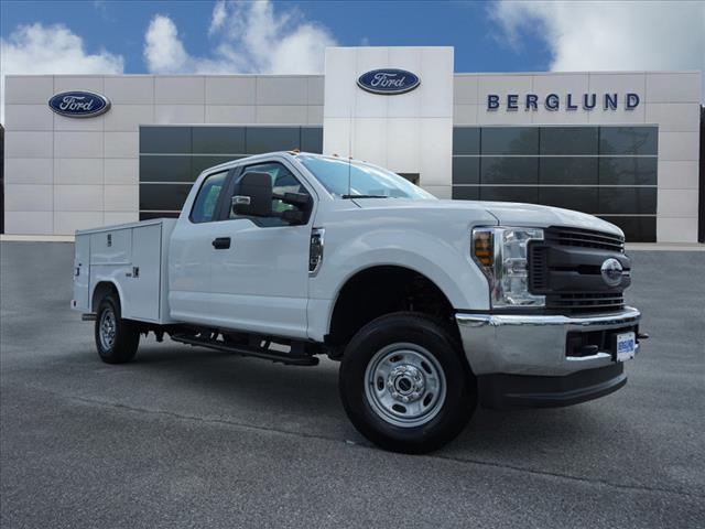 2018 F-250 Super Cab 4x4, Reading Service Body #SF29247 - photo 1