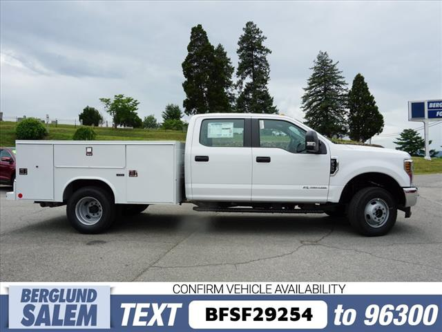 2018 F-350 Crew Cab DRW 4x4,  Reading Service Body #SF29254 - photo 3