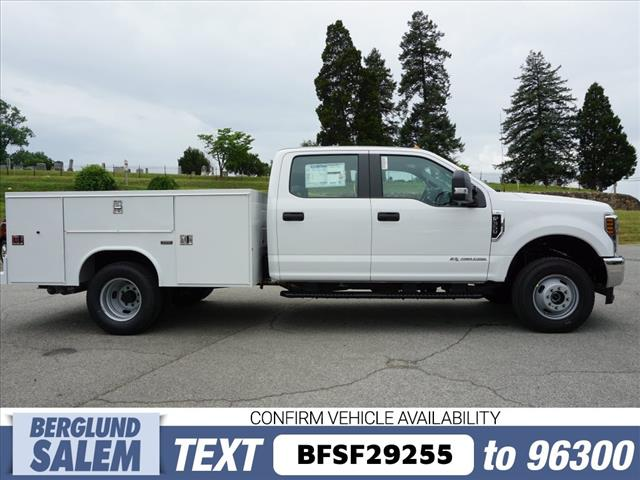2018 F-350 Crew Cab DRW 4x4,  Reading Service Body #SF29255 - photo 3