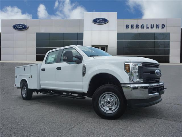 2018 F-250 Crew Cab 4x4,  Reading SL Service Body #SF29301 - photo 1