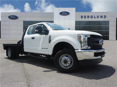 2018 F-350 Super Cab DRW 4x4,  Freedom Rodeo Platform Body #SF29302 - photo 1