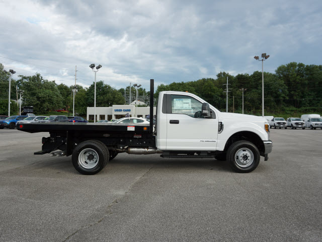 2018 F-350 Regular Cab DRW 4x4,  Freedom Platform Body #SF29390 - photo 5