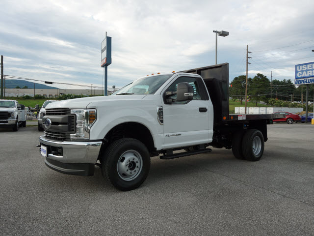 2018 F-350 Regular Cab DRW 4x4,  Freedom Platform Body #SF29390 - photo 3