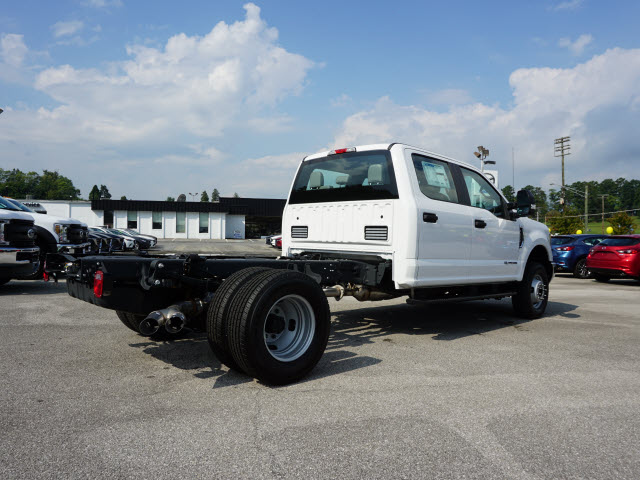 2019 F-350 Crew Cab DRW 4x4,  Cab Chassis #SF29460 - photo 2