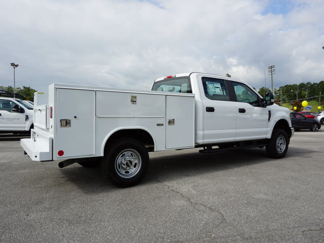2018 F-250 Crew Cab 4x4,  Reading SL Service Body #SF29471 - photo 2