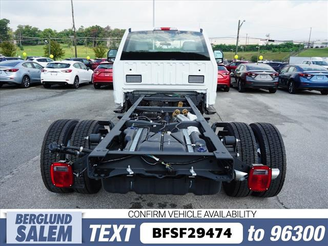 2019 F-450 Regular Cab DRW 4x4,  Cab Chassis #SF29474 - photo 13