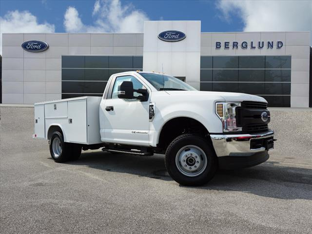 2018 F-350 Regular Cab DRW 4x4,  Reading SL Service Body #SF29479 - photo 1