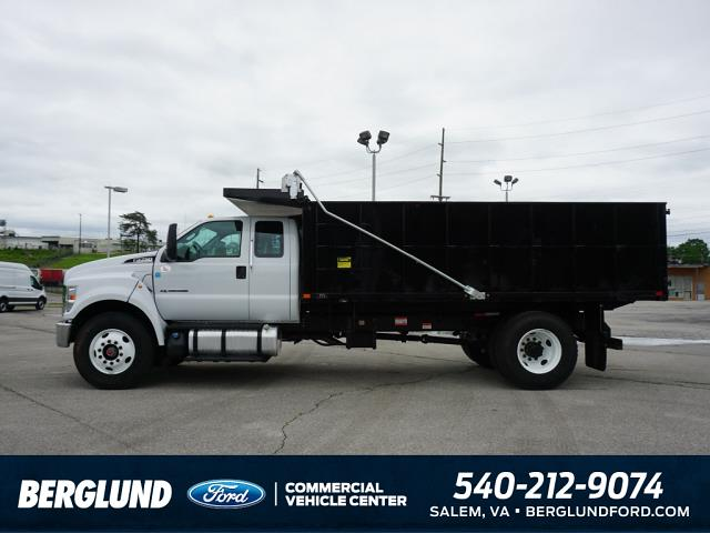 2022 F-750 Super Cab DRW 4x2,  PJ's Truck Bodies Landscape Dump #SFC32143 - photo 4