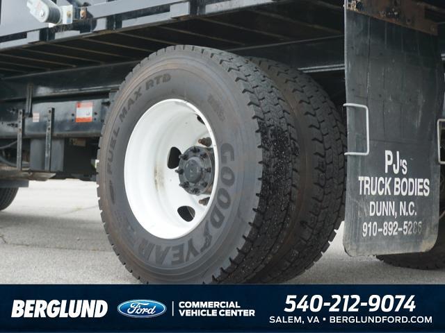 2022 F-750 Super Cab DRW 4x2,  PJ's Truck Bodies Landscape Dump #SFC32143 - photo 5