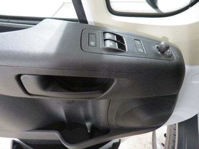 2017 ProMaster 1500 Low Roof, Cargo Van #HE551344 - photo 6