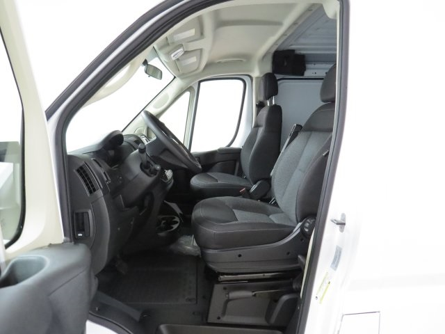 2017 ProMaster 1500 Low Roof, Cargo Van #HE551344 - photo 7