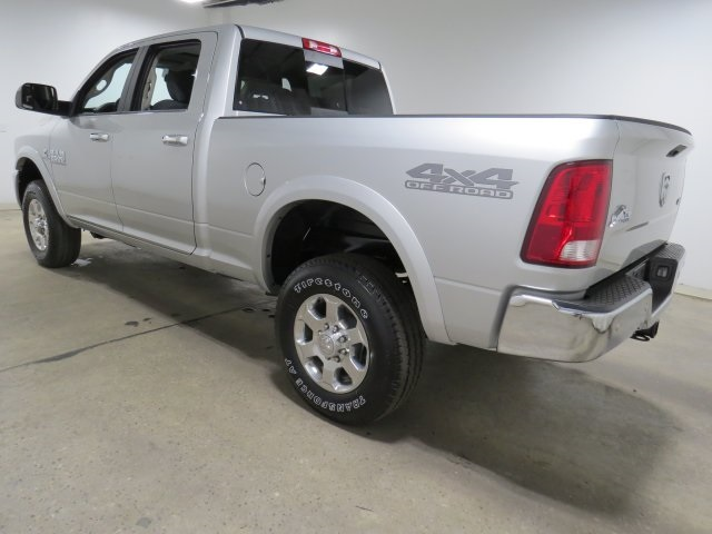 2017 Ram 2500 Crew Cab 4x4, Pickup #HG634592 - photo 2