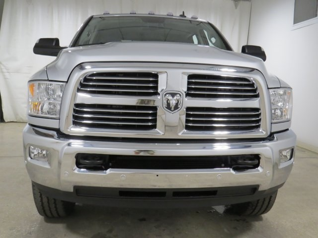 2017 Ram 2500 Crew Cab 4x4, Pickup #HG634592 - photo 4