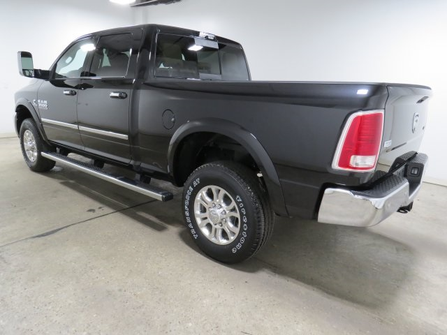 2018 Ram 3500 Crew Cab 4x4 Pickup #JG146829 - photo 2