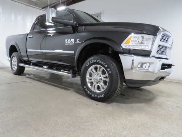 2018 Ram 3500 Crew Cab 4x4 Pickup #JG146829 - photo 3