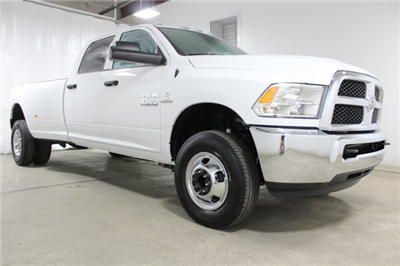 2018 Ram 3500 Crew Cab DRW 4x4, Pickup #JG253032 - photo 3