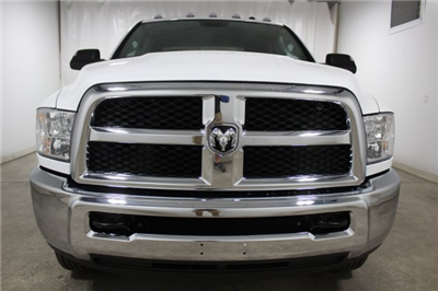 2018 Ram 3500 Crew Cab DRW 4x4, Pickup #JG253032 - photo 4