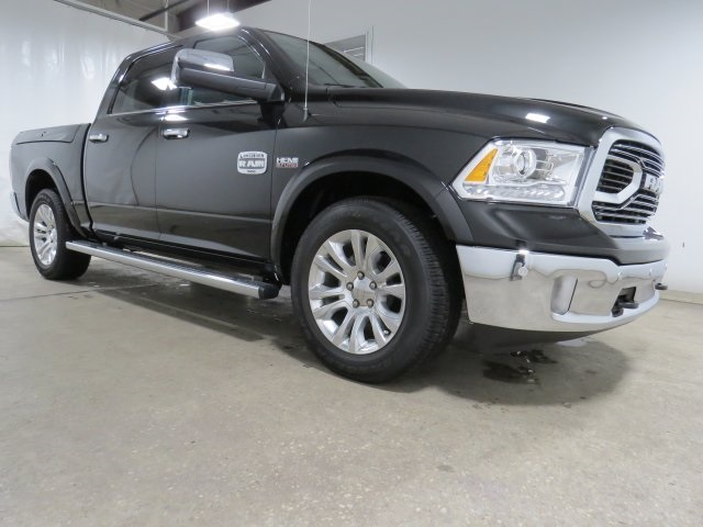 2018 Ram 1500 Crew Cab,  Pickup #JS100085 - photo 3