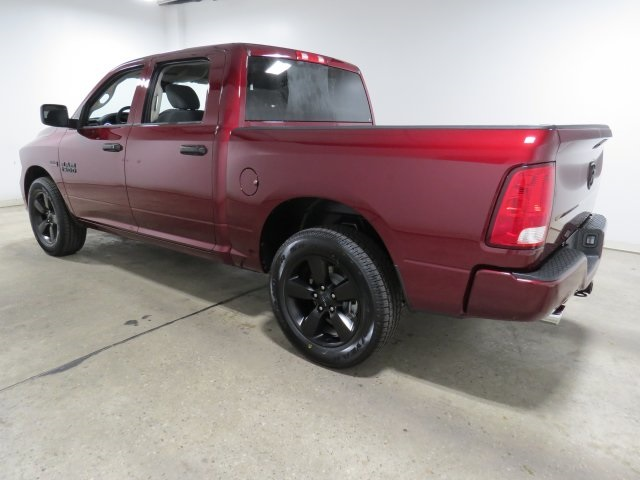 2018 Ram 1500 Crew Cab, Pickup #JS141425 - photo 2